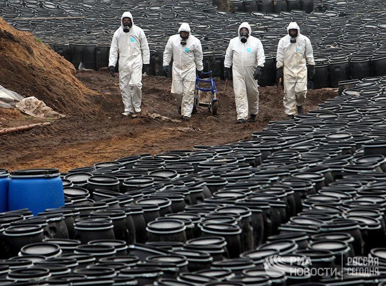 Ликвидация Слонимского захоронения непригодных пестицидов