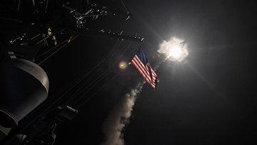 Запуск ракет с американского эсминца «Портер» в Сирии