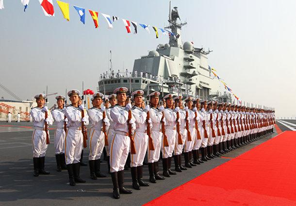 Китайский авианосец «Ляонин» (класс «Адмирал Кузнецов»)