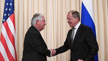 Министр иностранных дел РФ Сергей Лавров и Государственный секретарь США Рекс Тиллерсон во время совместной пресс-конференции по итогам переговоров в Москве. 12 апреля 2017