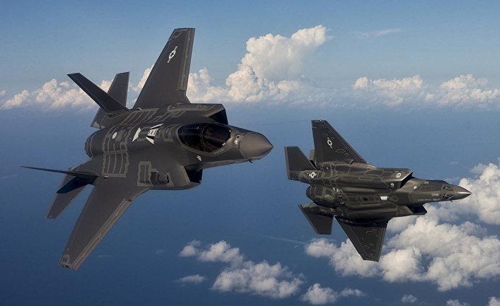Истребитель-бомбардировщик Lockheed Martin F-35 «Лайтнинг» II