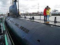"""Подводная лодка """"Б-413"""" проекта 641 на набережной Петра Великого - экспонат Музея Мирового океана в Калининграде"""