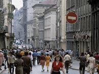 На пешеходной улице города