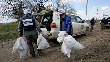 Наблюдатели ОБСЕ недалеко от Луганска
