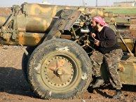 """Боевик террористической группировки """"Джейш аль-Фатх"""" в пригороде Алеппо, Сирия"""