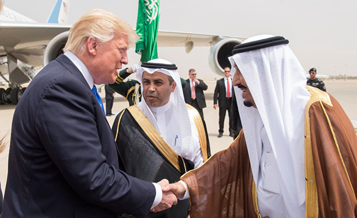 Король Саудовской Аравии Салман ибн Абдул-Азиз Аль Сауд и президент США Дональд Трамп