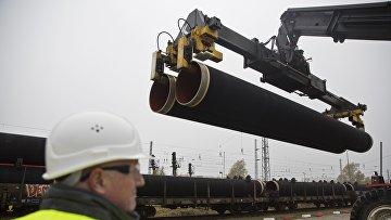 Первые трубы для «Северного потока — 2» прибывают в Мукран. 27 октября 2016 года