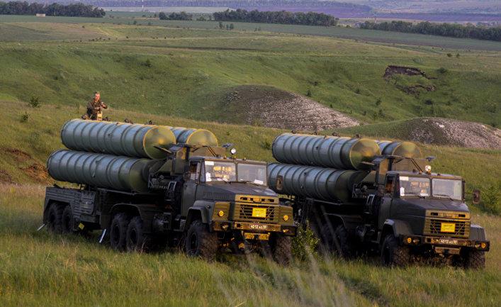 Учения войск ПВО с участием дивизиона ЗРК С-300 «Фаворит»
