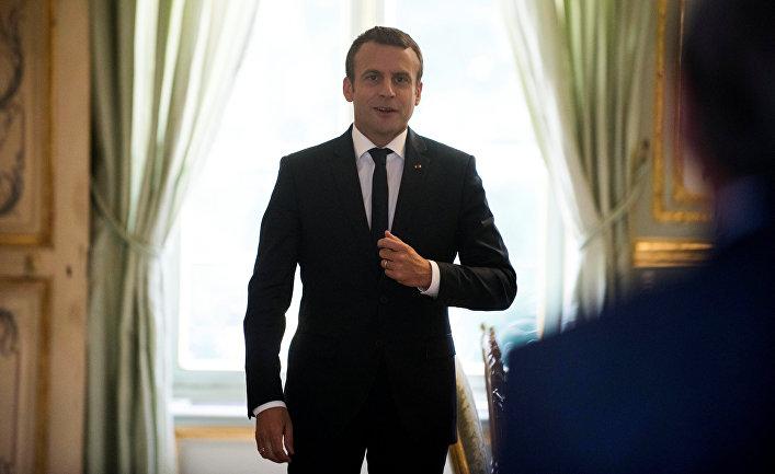 Президент Франции Эммануэль Макрон в Елисейском дворце