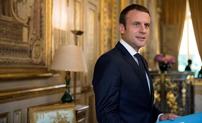 Президент Франции Эммануэль Макрон в Елисейском дворце в Париже