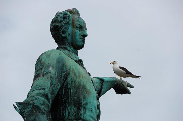 Памятник Карлу XII в Стокгольме, Швеция