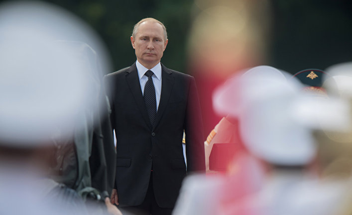 Президент РФ, верховный главнокомандующий Владимир Путин