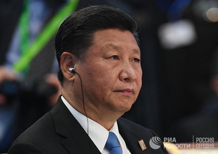 Председатель КНР Си Цзиньпин на заседании совета глав государств - членов Шанхайской организации сотрудничества в Астане. 9 июня 2017