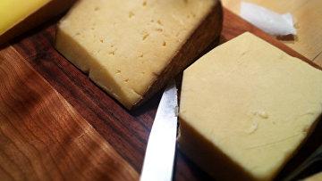 Сыр. Архив