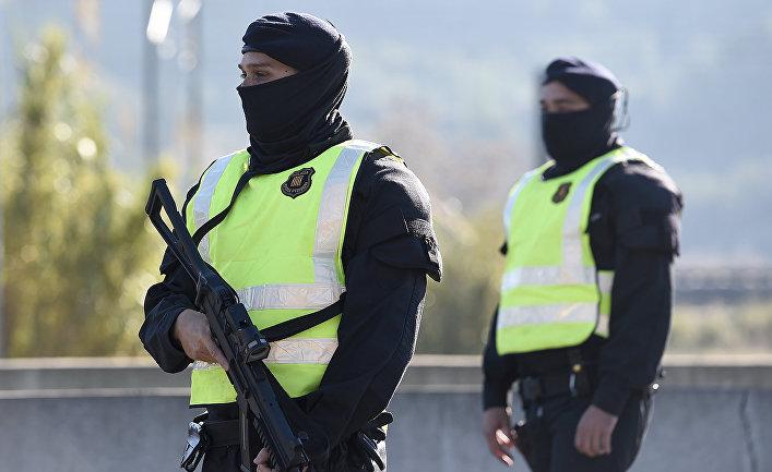 Испанские полицейские, архивное фото