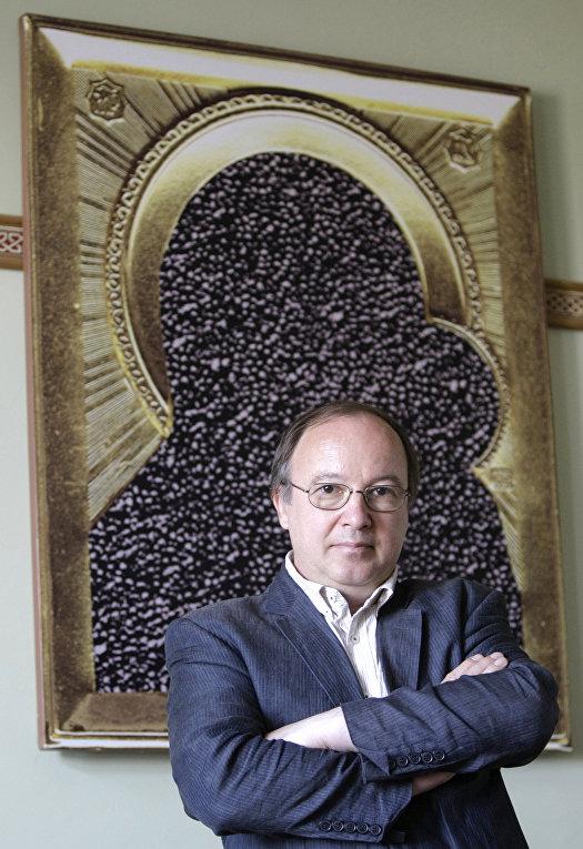 Куратор выставки «Запретное искусство» Андрей Ерофеев