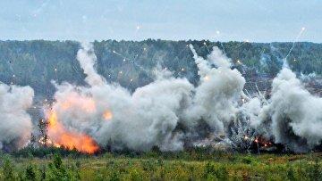 Взрывы во время совместных стратегических учений (ССУ) вооружённых сил России и Белоруссии на Лужском полигоне в Ленинградской области