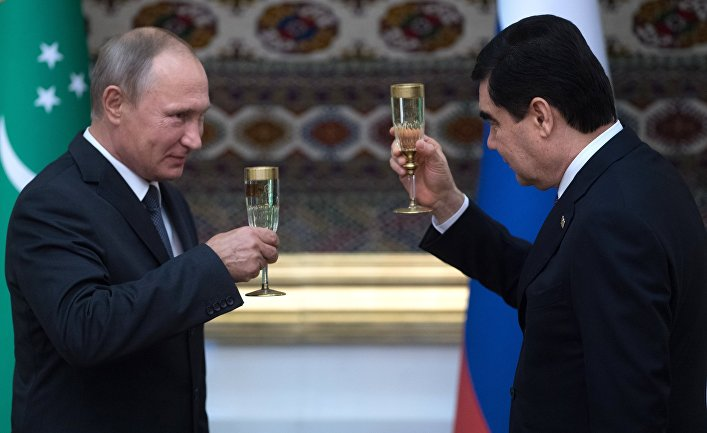 Президент РФ Владимир Путин и президент Туркмении, председатель кабинета министров Туркмении Гурбангулы Бердымухамедов