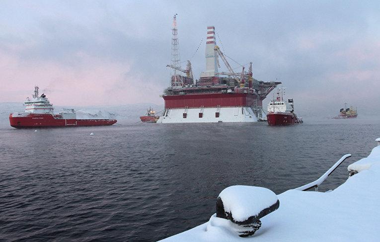 Морская нефтедобывающая платформа «Приразломная»