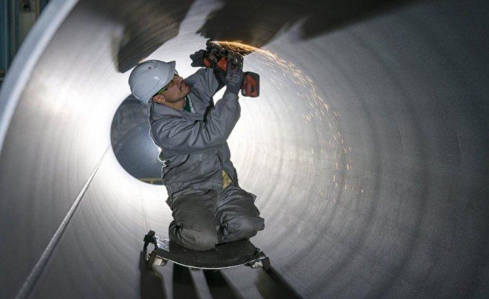 """Нанесение внутреннего покрытия на трубы, предназначенные для газопровода """"Северный поток - 2"""""""