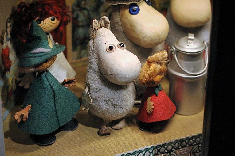 Муми-тролли в музее игрушек в Суоменлинна