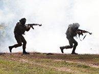 Украинские военнослужащие во время учений Rapid Trident-2017