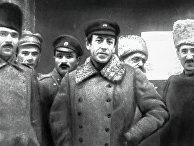 Атаман Семен Петлюра (в центре) со своим штабом