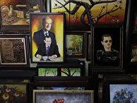 Картина, изображающая президента Сирии Башара Асада и его покойного отца Хафеза Асада