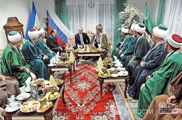 В.Путин, Т.Таджуддин и М.Рахимов