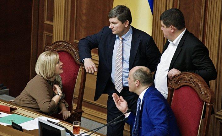Первый заместитель председателя Верховной рады Украины Ирина Геращенко на заседании Верховной рады Украины в Киеве. 16 ноября 2017