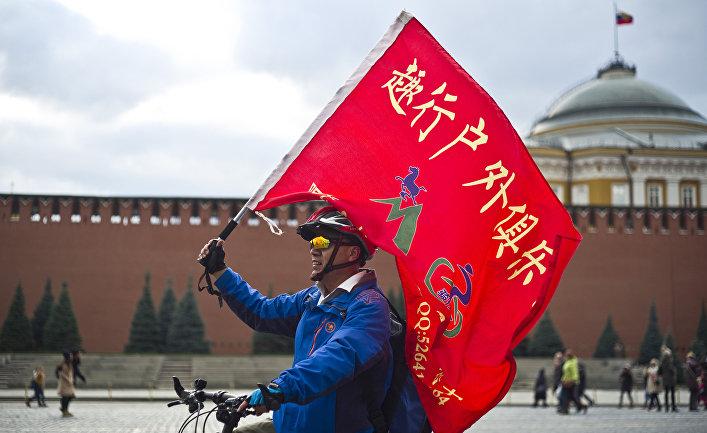 Турист на Красной площади в Москве