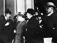 Члены делегации РСФСР на Генуэзской конференции: Максим Литвинов, Георгий Чичерин и Леонид Красин (слева направо), 1922 год