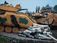 Подготовка турецких военных к боевым действиям в провинции Хатай недалеко от границы с Сирией