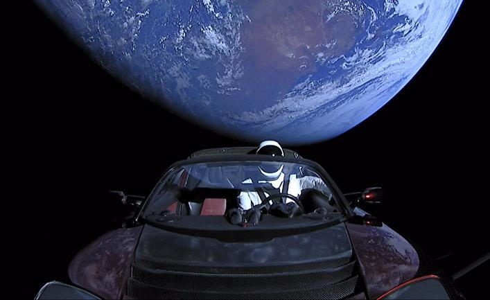 Ракета-носитель Falcon Heavy компании SpaceX успешно стартовала с мыса Канаверал