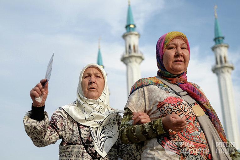 Празднование Ураза-байрама в Казани