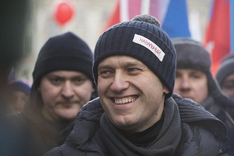 25 февраля 2018. Лидер оппозиции Алексей Навальный во время митинга в память Бориса Немцова в Москве