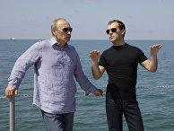 Д.Медведев и В.Путин провели рабочую встречу в Сочи