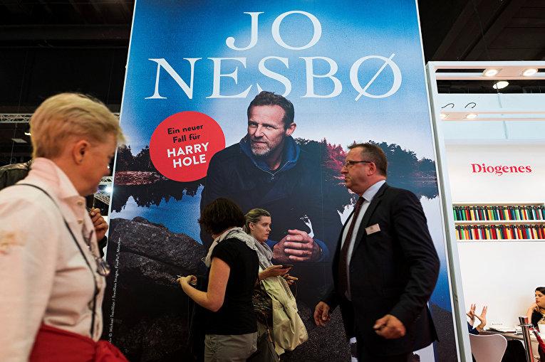 Рекламный плакат новой книги норвежского писателя Ю Несбё