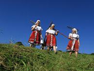 Участники ежегодного чешского фольклорного мероприятия