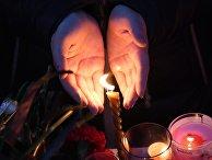 """Акции в память о погибших при пожаре в ТЦ """"Зимняя вишня"""""""