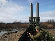 Военнослужащий во время тактических учений береговых ракетных войск Балтийского флота