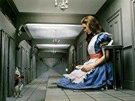 """Кадр из фильма """"Приключения Алисы в Стране Чудес"""" режиссера Уильяма Стерлинга"""