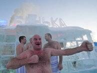 Ледяная баня в Байкальске