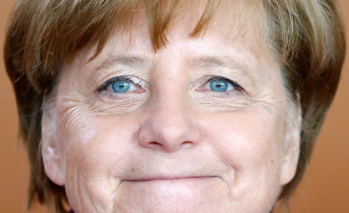 Ангела Меркель на заседании кабинета министров в Берлине