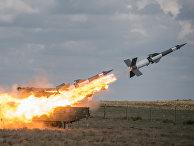 """Зенитный ракетный комплекс """"Печора-2М""""  во время совместных учений """"Боевое Содружество"""""""