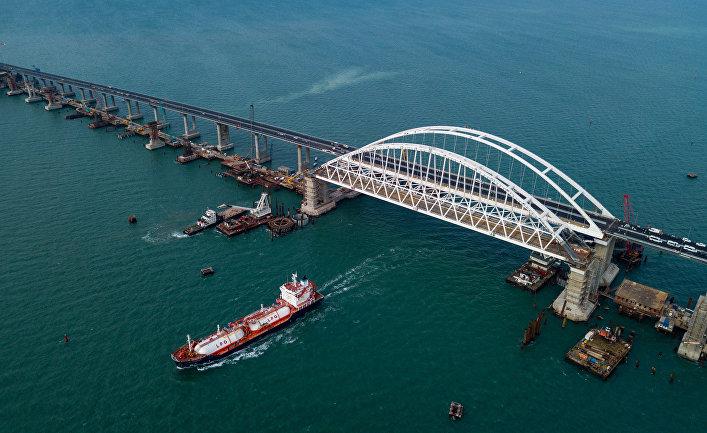 Строительство Крымского моста и автоподходов со стороны Тамани