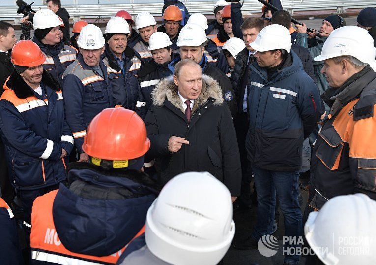 Рабочая поездка президента РФ В. Путина в ряд регионов Южного федерального округа
