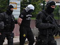 Французские полицейские арестовали предполагаемого сообщника устроившего резню в Париже