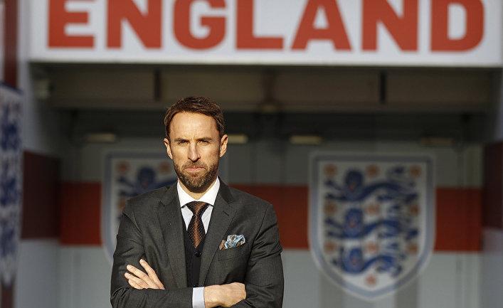 Английский футбольный тренер Гарет Саутгейт на стадионе Уэмбли в Лондоне