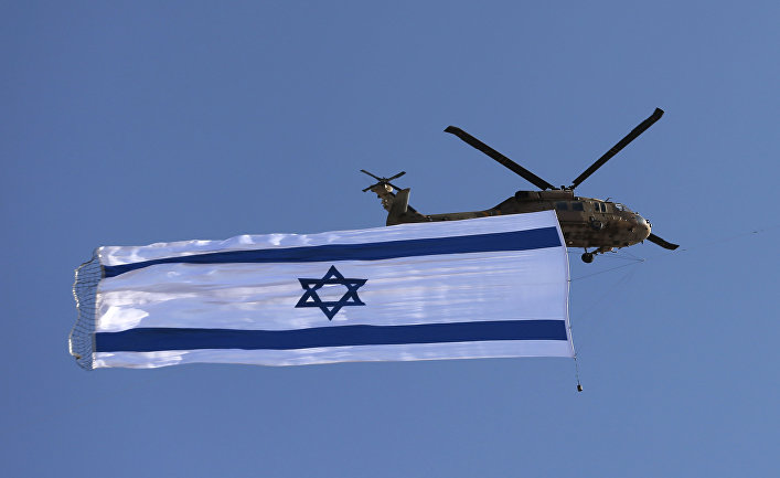 Израильский вертолет «Блэкхок» о время авиашоу
